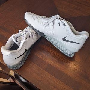 Nike Romaleos 3 - size 13 - White/Black